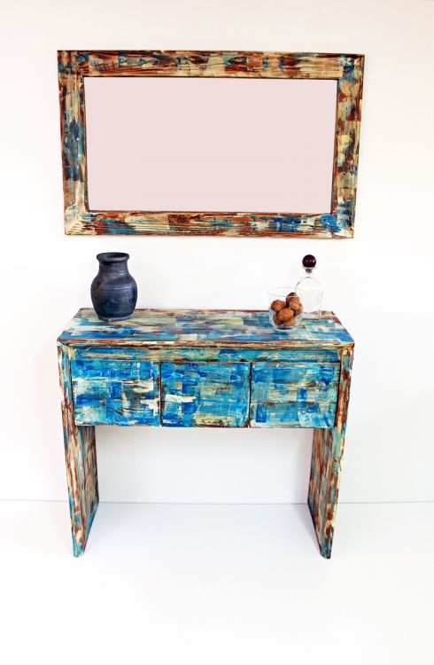Nowoczesna toaletka z lustrem malowana